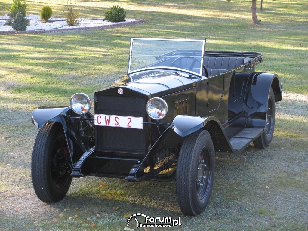 Replika CWS-a, pierwszego auta polskiej konstrukcji - prototyp