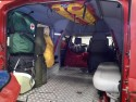 Toyota Hilux w służbie GOPR, wnętrze, apteczki
