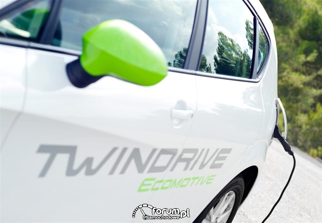 Ładowanie samochodu - Seat Leon TwinDrive Ecomotive