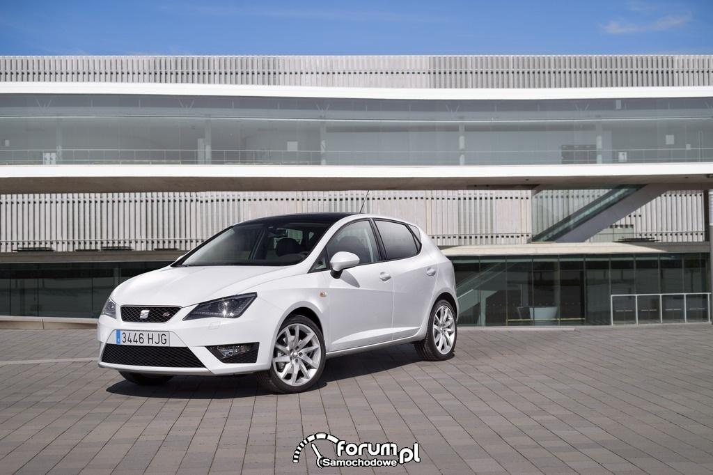 Seat Ibiza 2012 - 5 drzwi hatchback, 2
