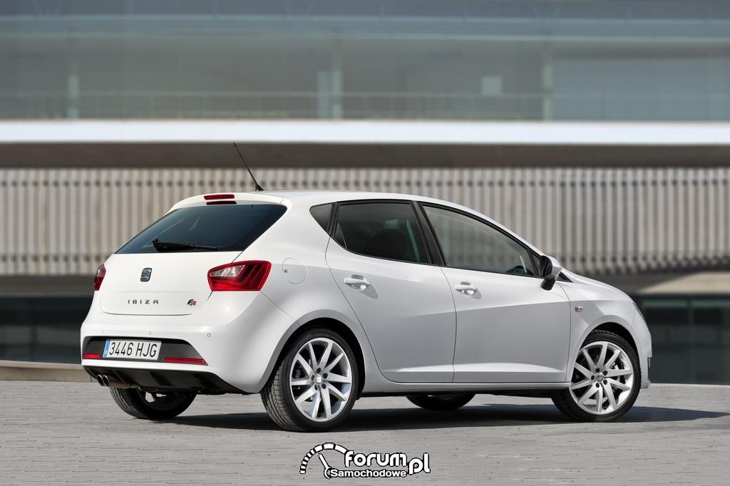 Seat Ibiza 2012 - 5 drzwi hatchback
