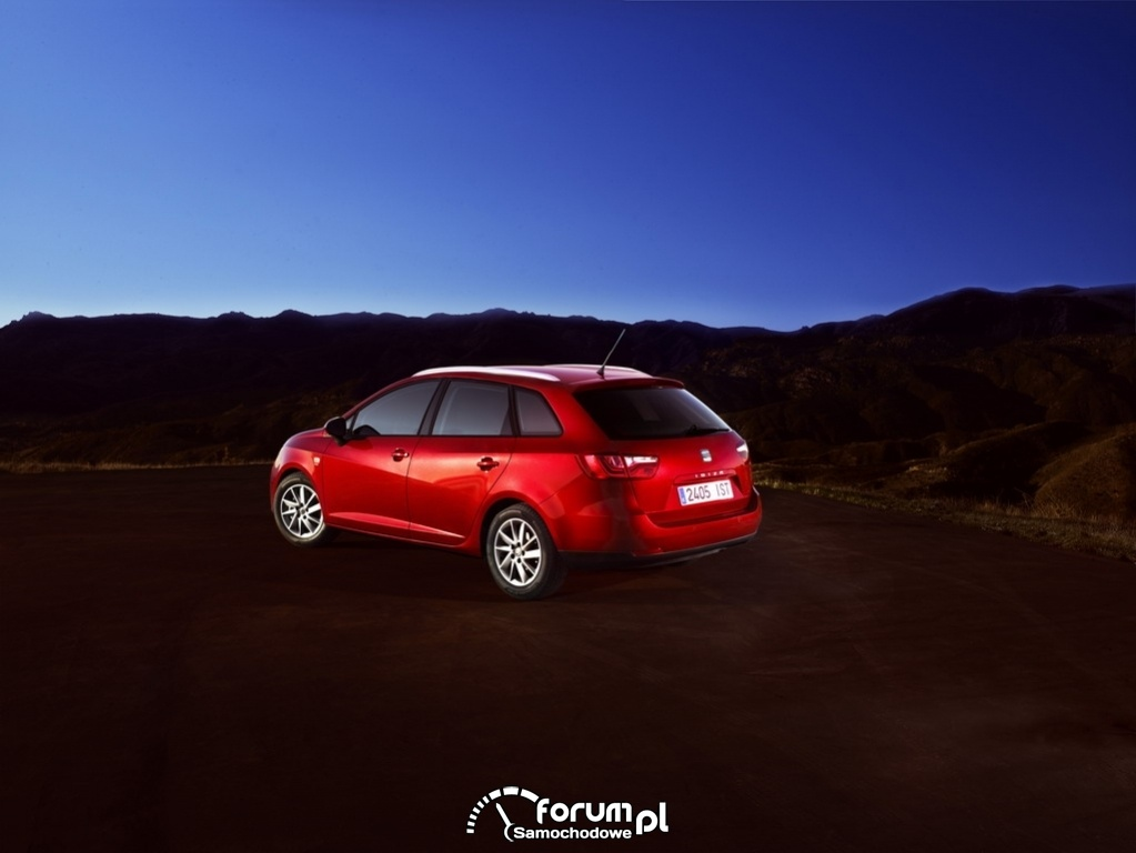 SEAT Ibiza ST 2012 2