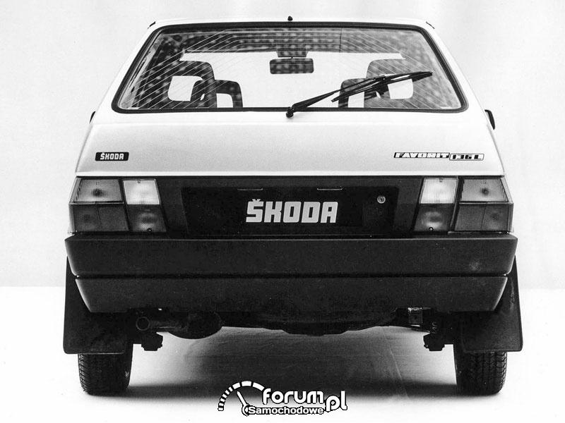 Skoda S781 Favorit, tył