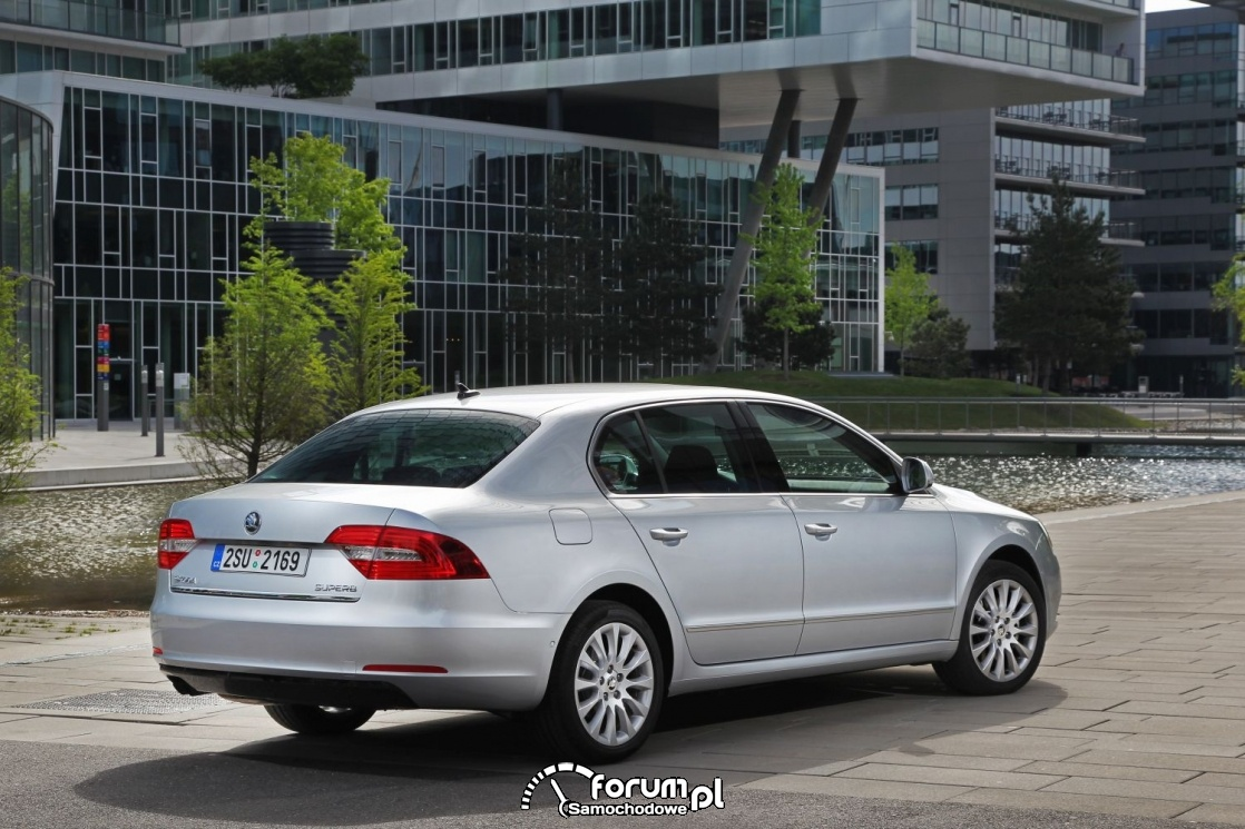 Skoda Superb, hatchback, 2014