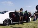 Dziewczyna i Alfa Romeo