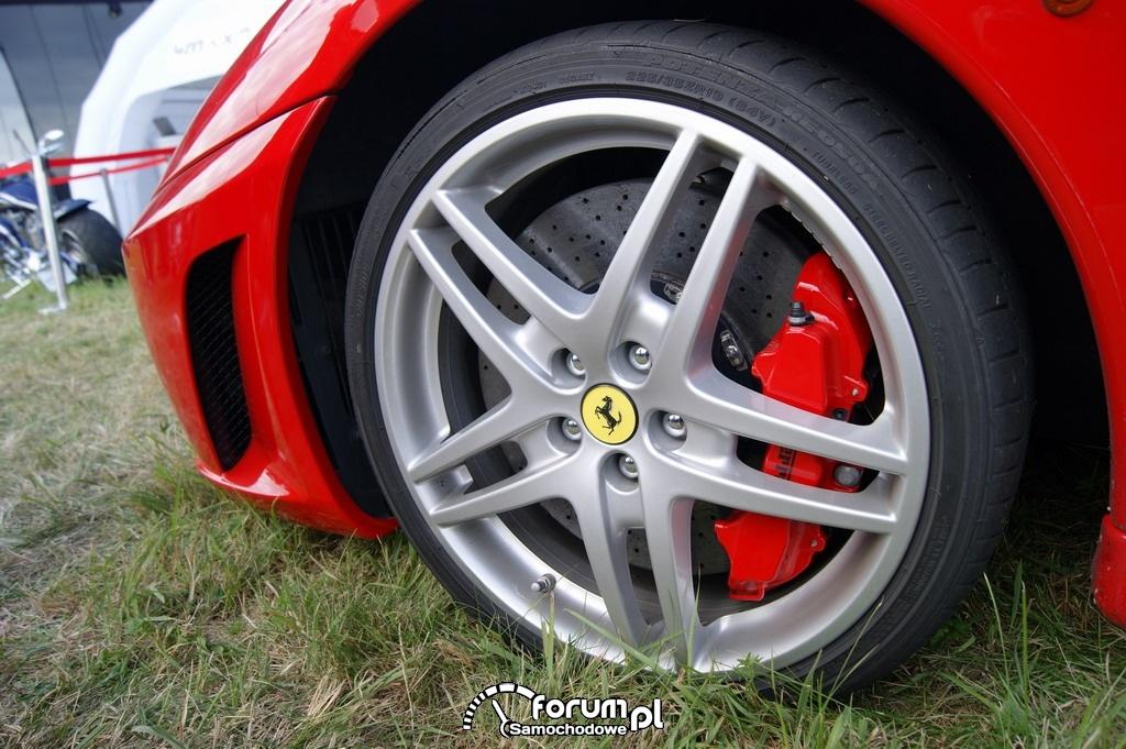 Ferrari F430, alufelga i zacisk hamulcowy