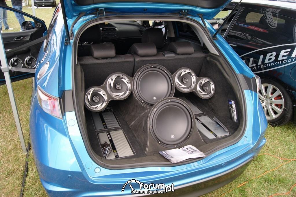 Ogromny Honda Civic VIII, Zabudowa bagażnika Car Audio zdjęcie : Summer JD61