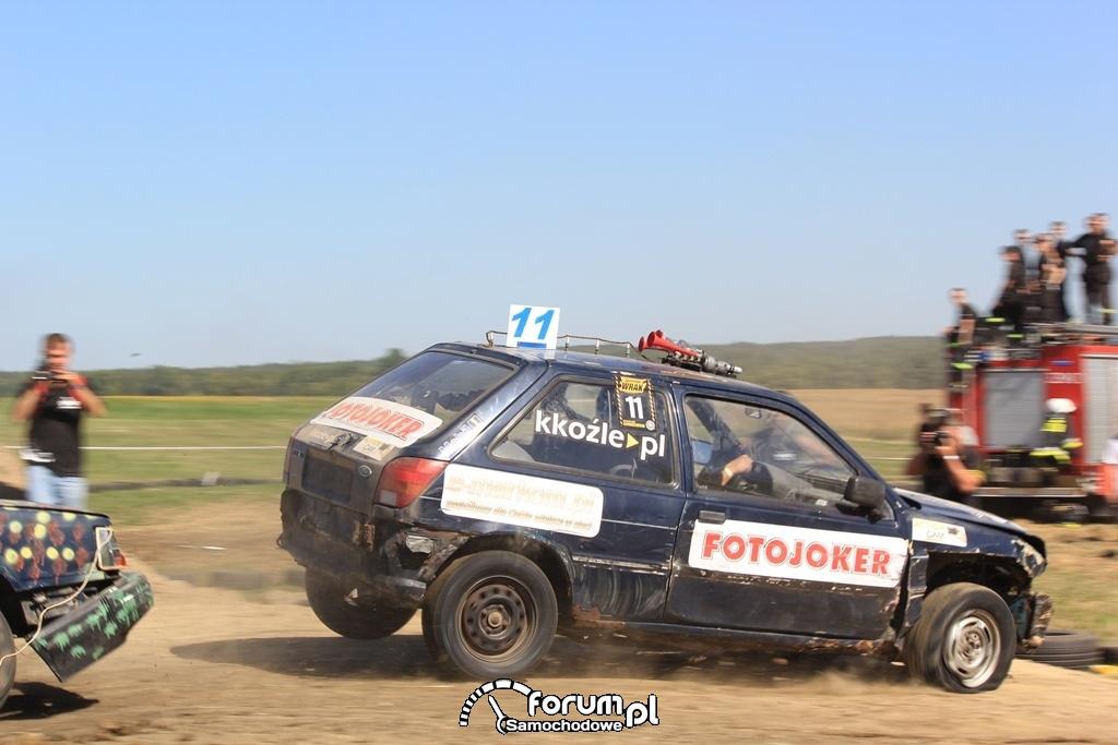 Fiesta i hopek, Wrak Race
