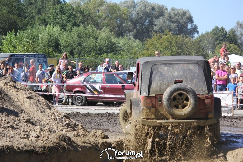 Jeep Wrangler, tył, Off Road