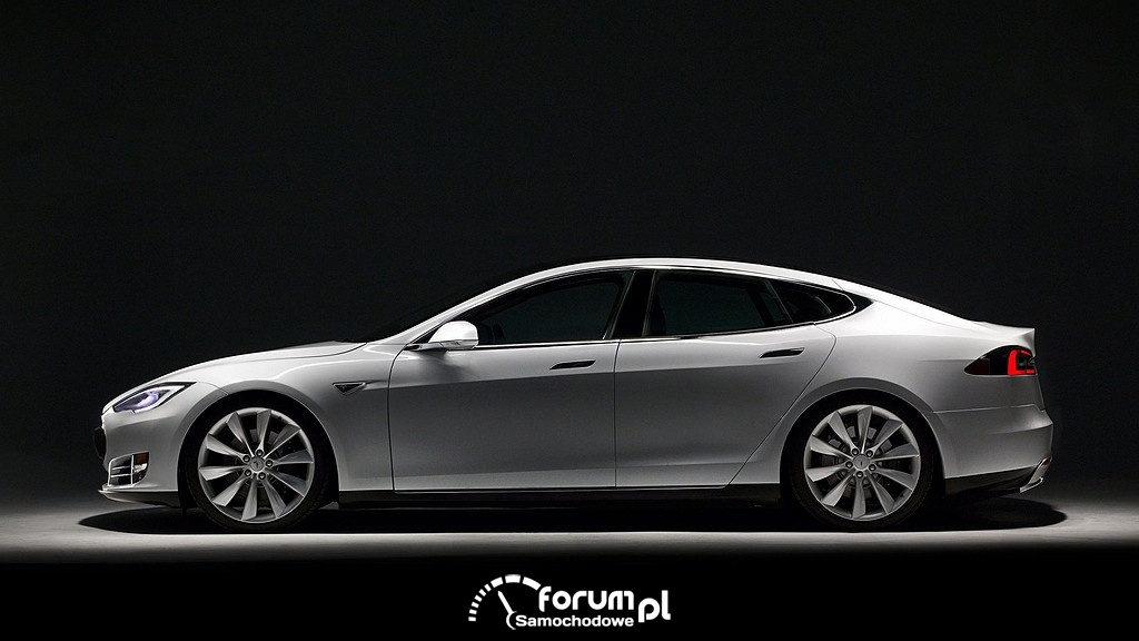 Tesla Model S, bok