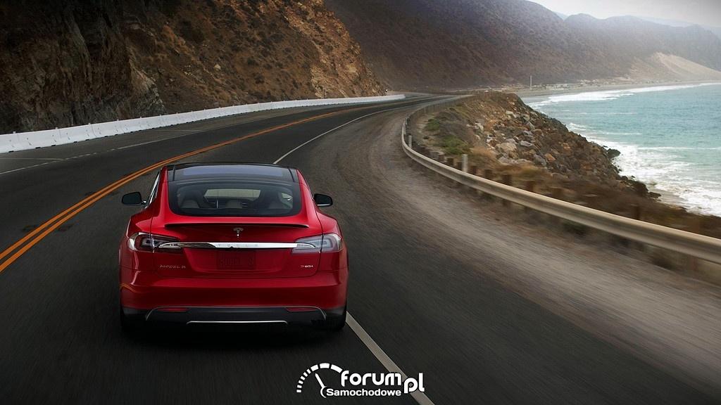 Tesla Model S, tył