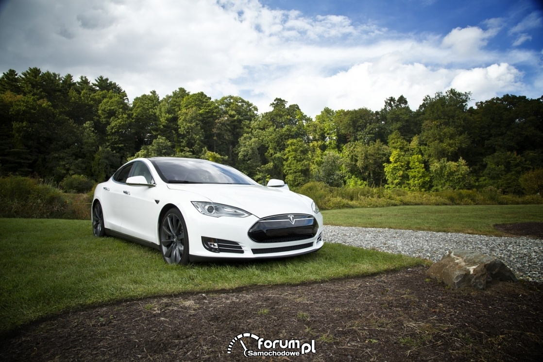 Tesla S, samochód elektryczny