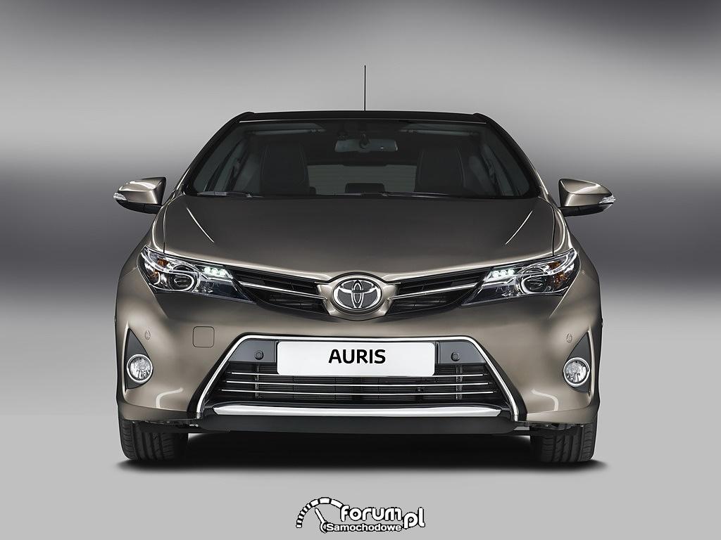Toyota Auris, przód