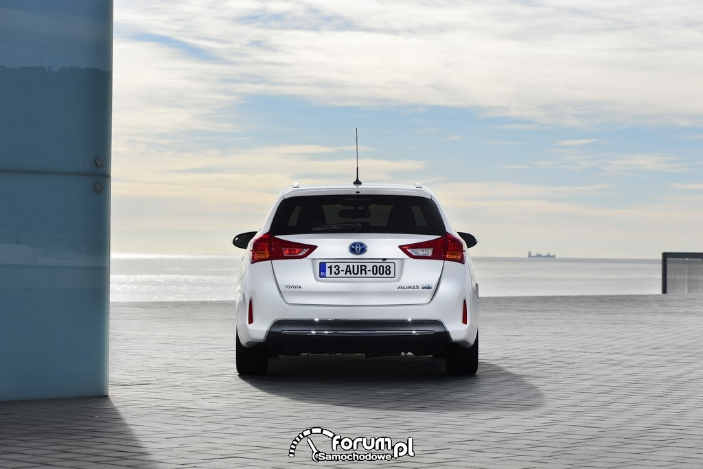 Toyota Auris Touring Sports Hybrid, tył