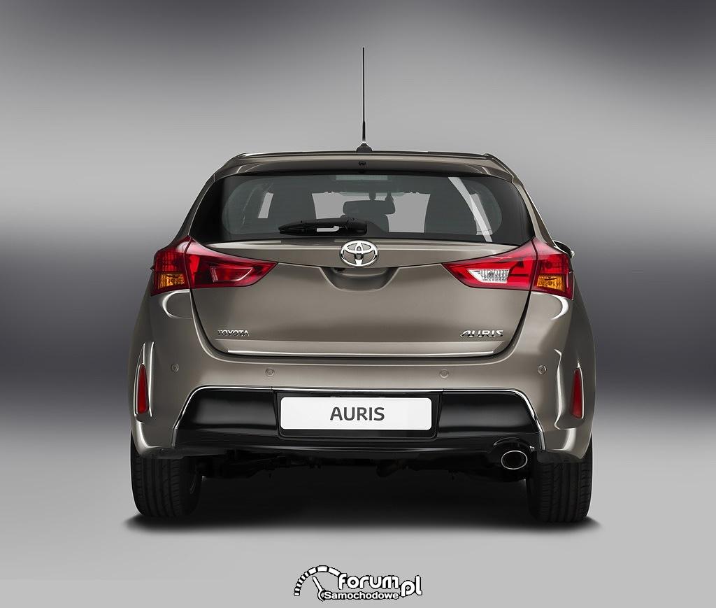 Toyota Auris, tył