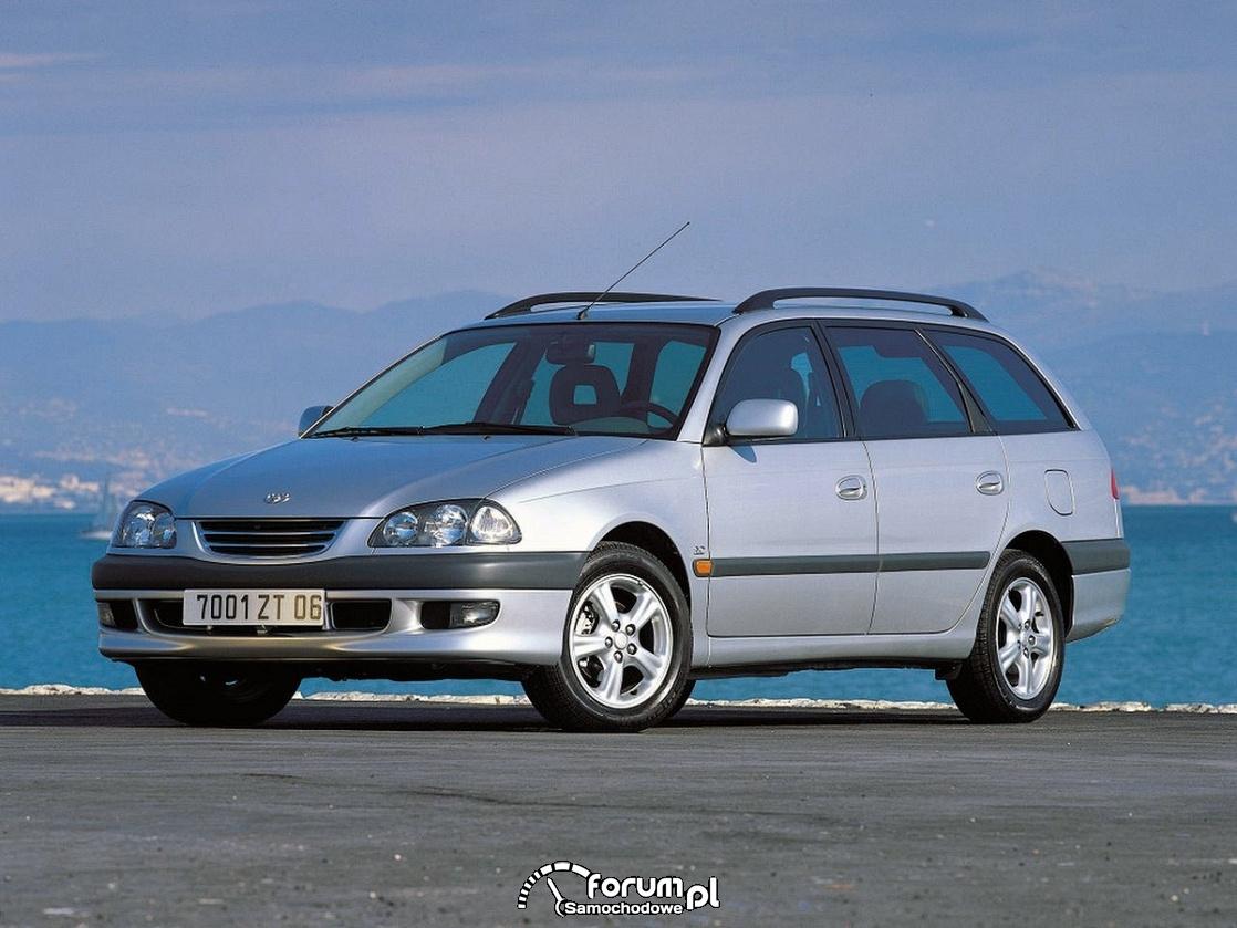 Toyota Avensis T22,  kombi, wagon, 2000 rok