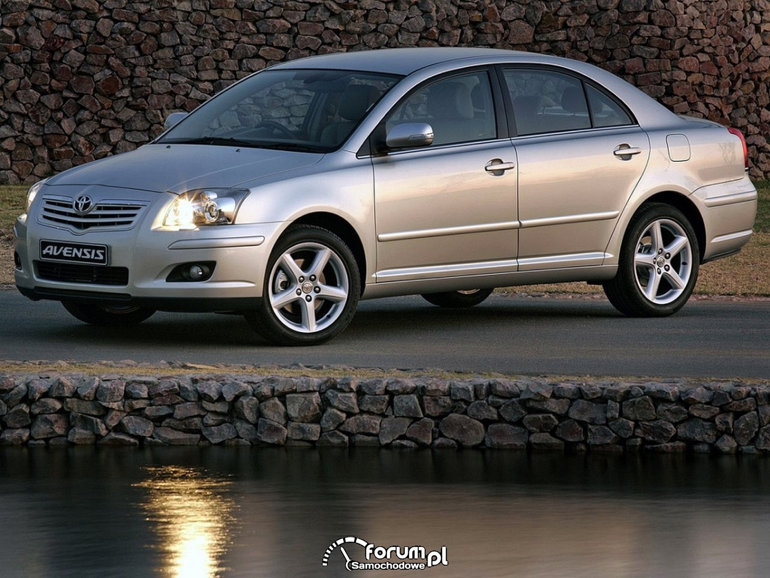 Toyota Avensis T25, sedan 2006 rok