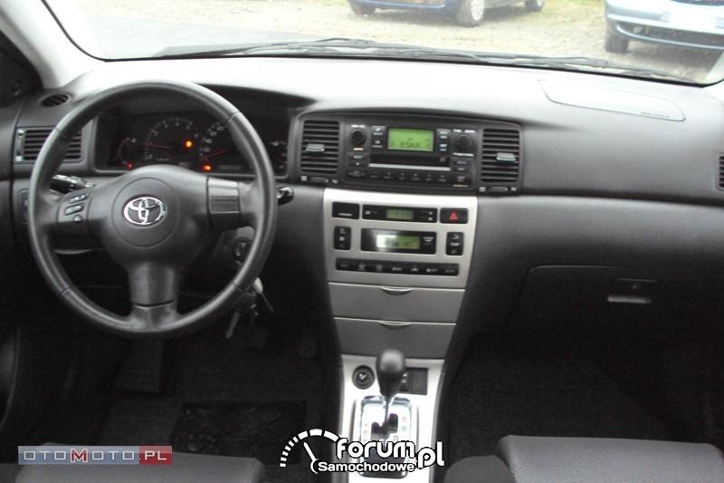Toyota awaryjny pół-automat