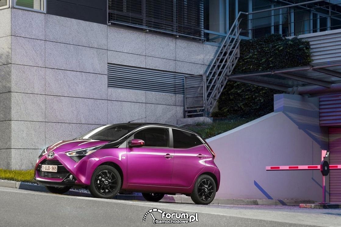 Toyota Aygo 2018, bok