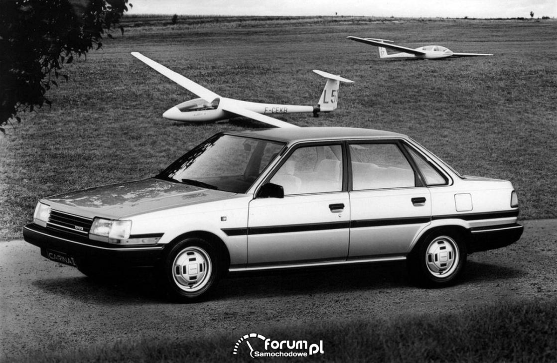 Toyota Carina II sedan, 1984 rok