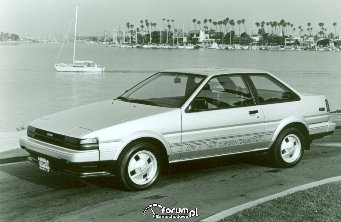 Toyota Corolla GTS liftback, 1985 rok