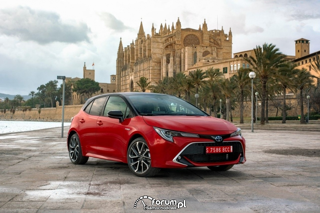 Toyota Corolla HB 2.0l, red bitone