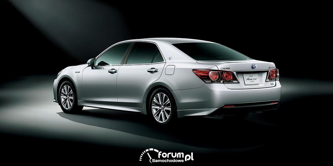 Toyota Crown, 60 urodziny i face lifting, tył