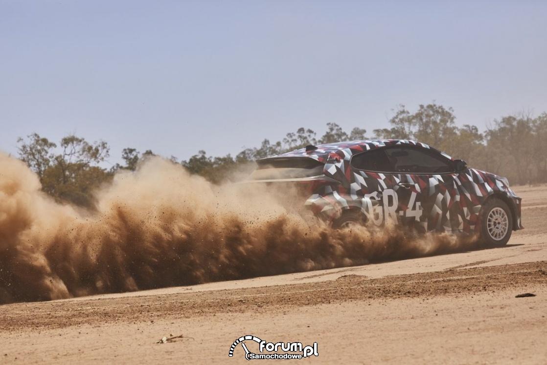 Toyota GR Yaris, na szutrze