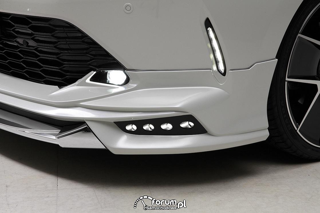 Toyota Harrier WALD Sports Line, światła LED