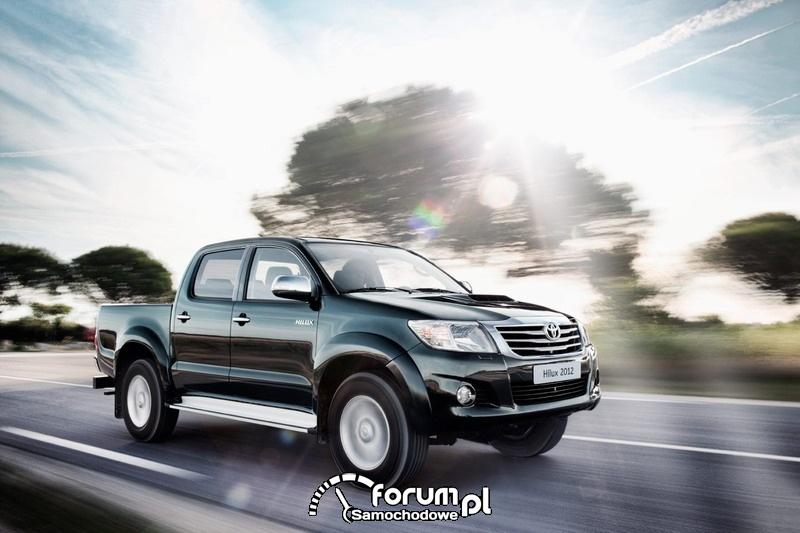 Toyota Hilux 2012 - na trasie