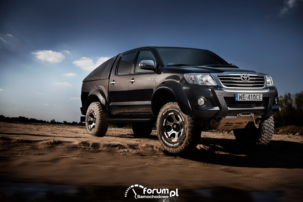Toyota Hilux Adventure, piasek, off-road