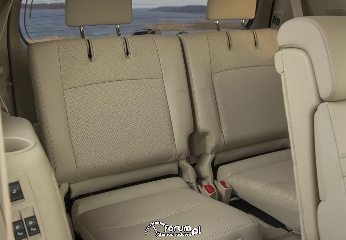 Toyota Land Cruiser - 7-miejscowy SUV klasy premium, trzeci rząd siedzeń