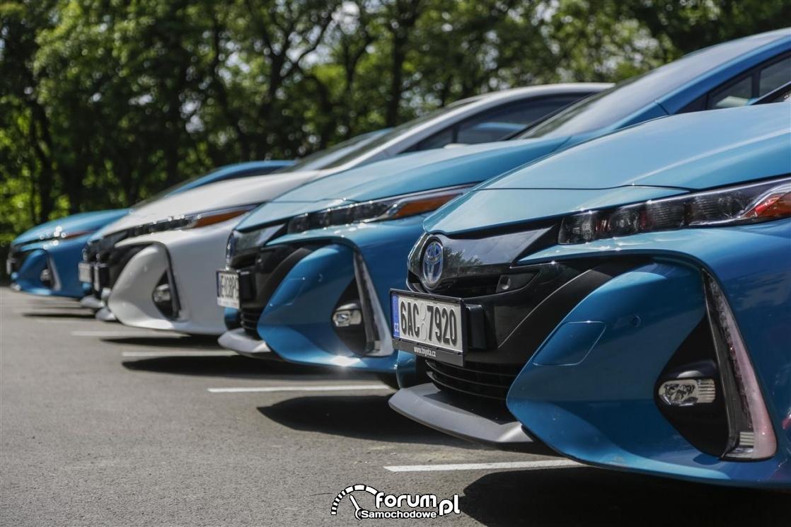 Toyota Prius Plug-in, przód