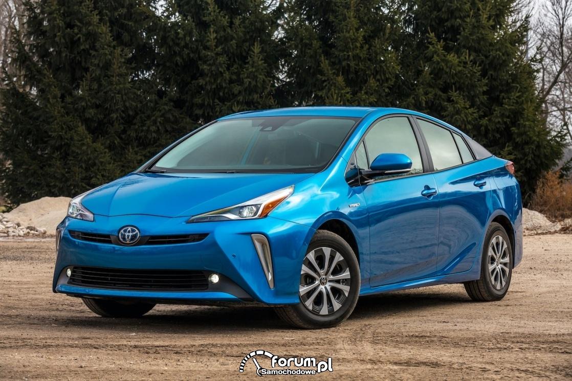 Toyota Prius XLE AWD
