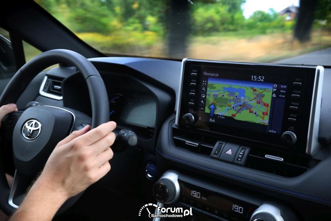Toyota RAV4 AWD-i, wnętrze