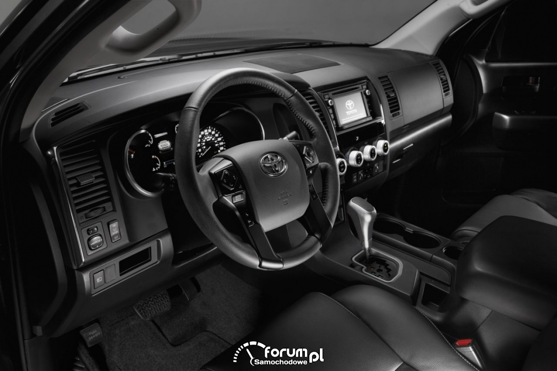 Toyota Sequoia TRD Sport, wnętrze