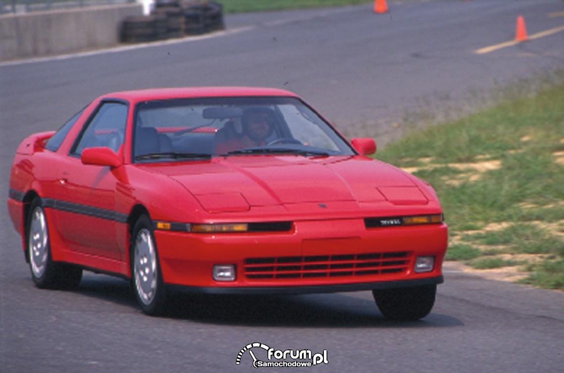 Toyota Supra Turbo z 1990 roku