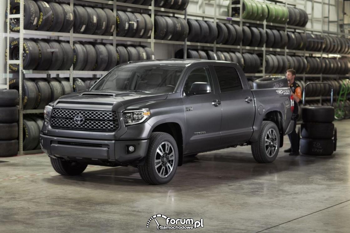 Toyota Tundra TRD Sport, duży Pick'up