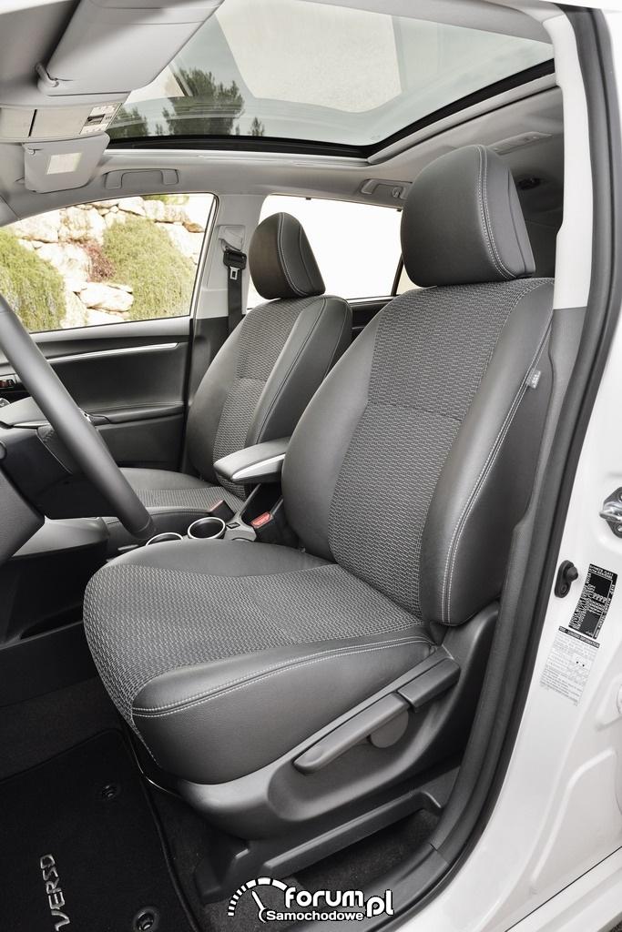 Toyota Verso, przednie fotele, mini van