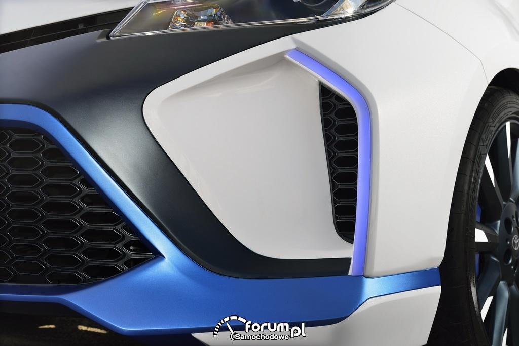 Toyota Yaris Hybrid-R, wloty powietrza w przednim zderzaku