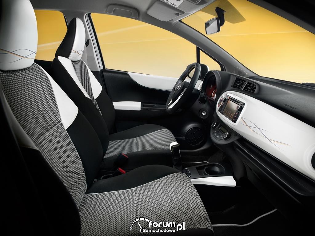 Toyota Yaris Trend, wnętrze