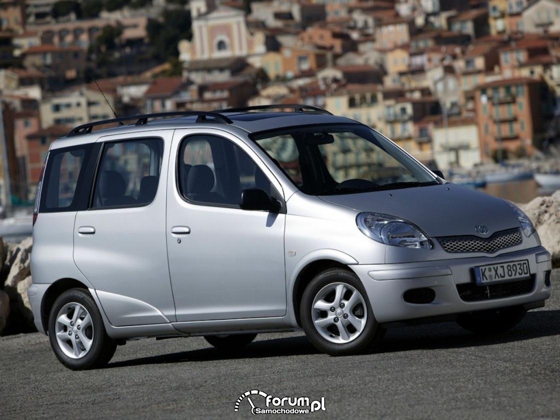 Toyota Yaris Verso (1999–2005)