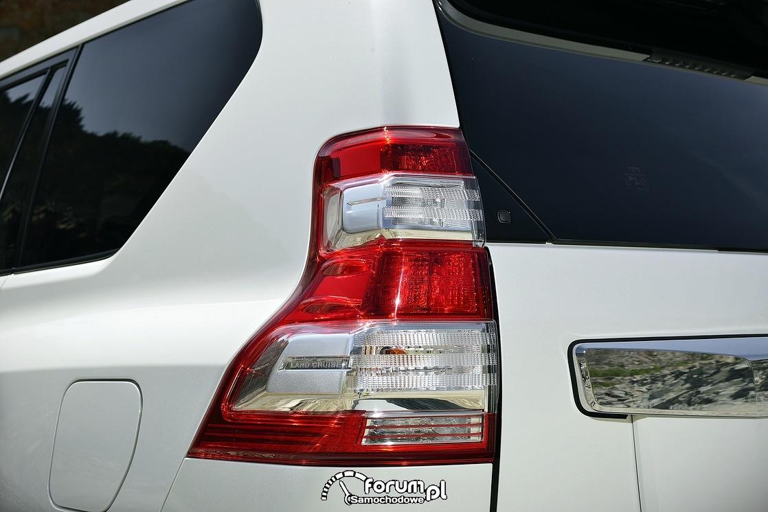 Tylna lampa, Toyota Land Cruiser, 2013