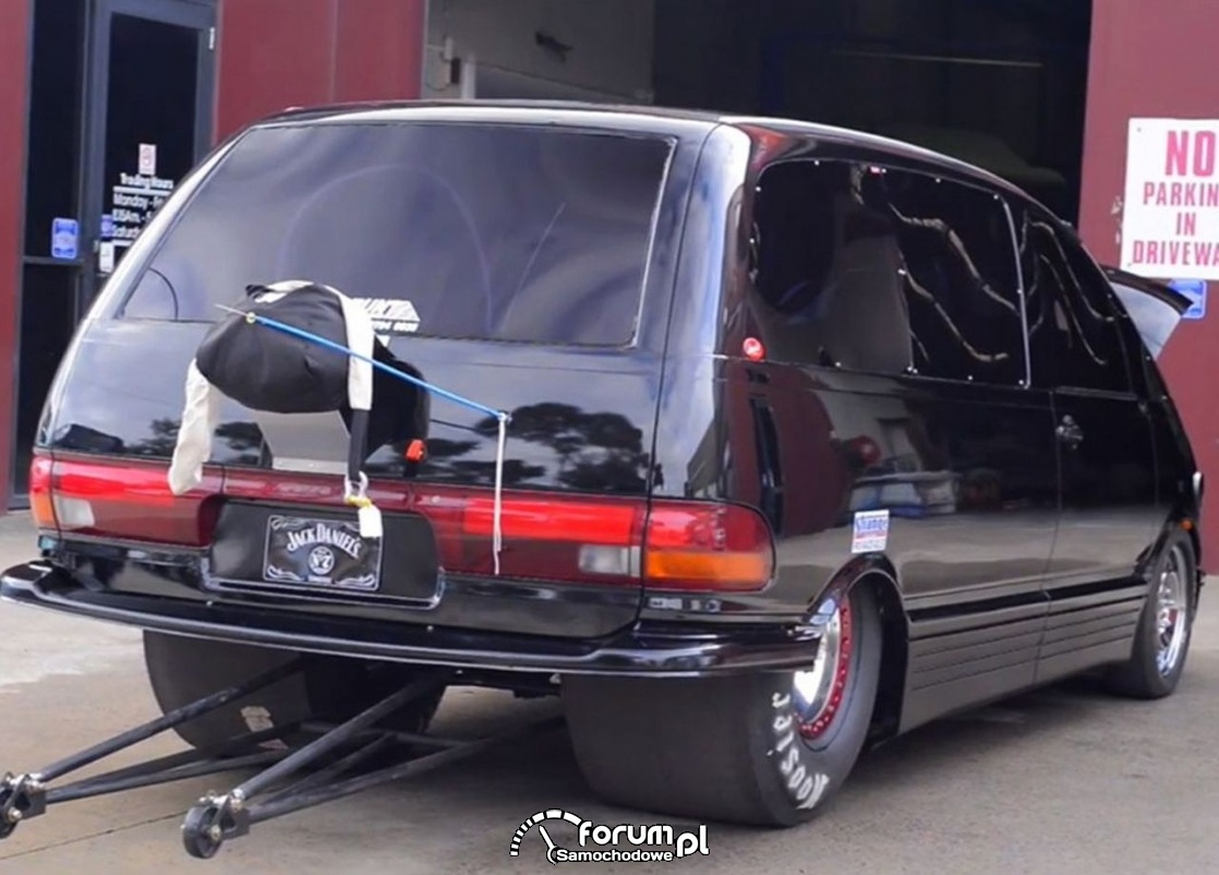 Toyota Previa - dragster