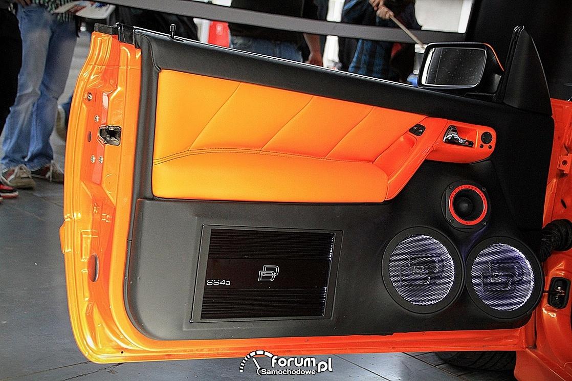 Volkswagen Golf III Cabrio, zabudowa drzwi car-audio