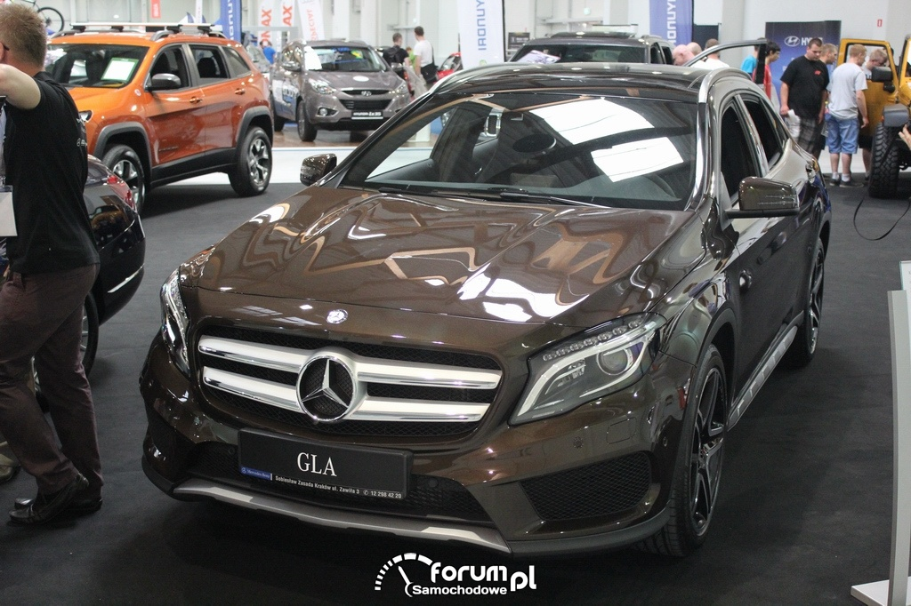Mercedes-Benz GLA 4motion