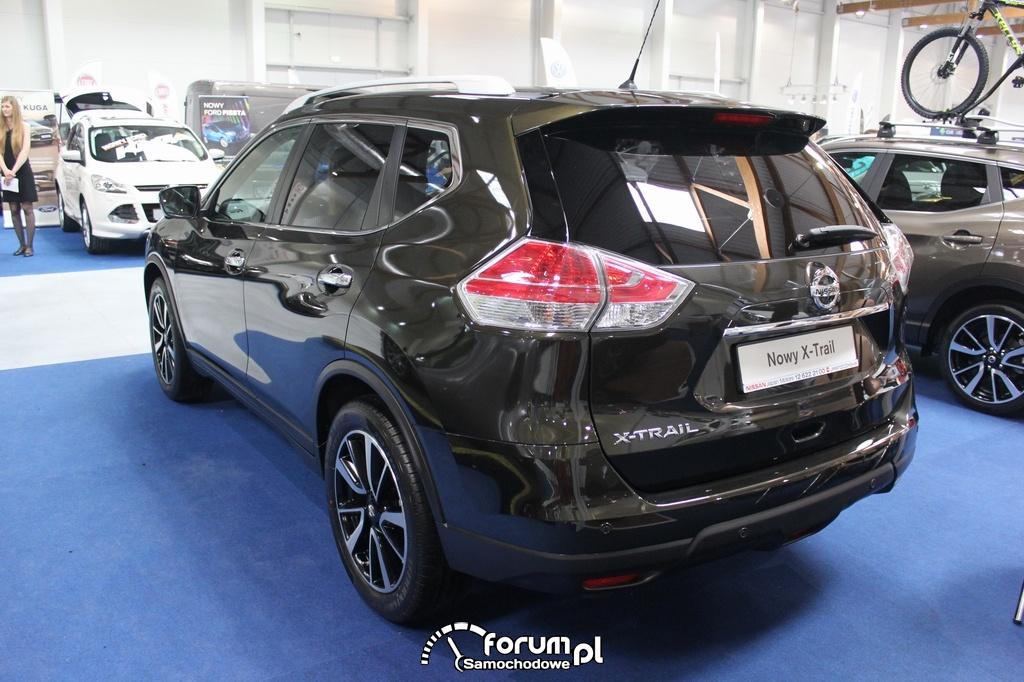 Nissan X-Trail, tył