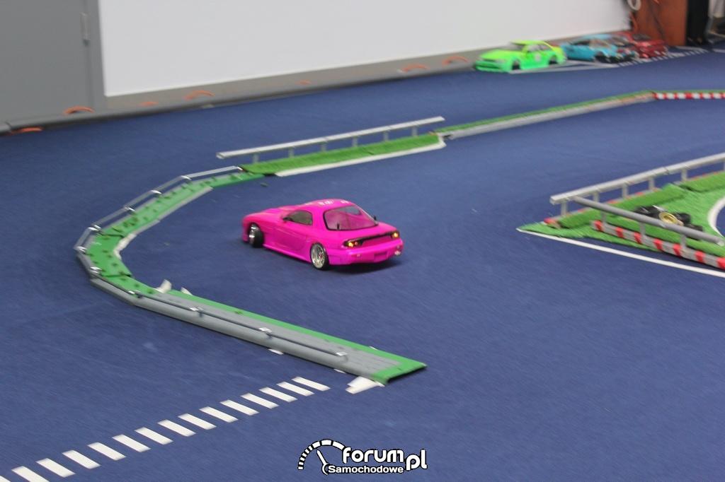 Samochody zdalnie sterowane, modele RC, drift