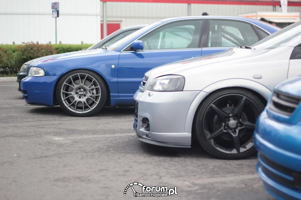 Astra i A4 z dużymi alufelgami