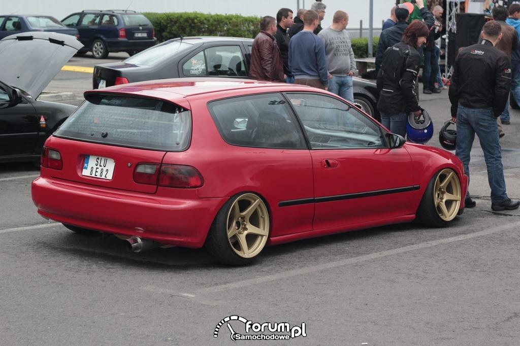 Honda Civic V, czerwona ze złotymi alusami